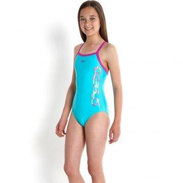Model pre swim teen wear