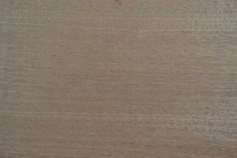 Sapelli Ağacı 22cm x 46cm x 3mm