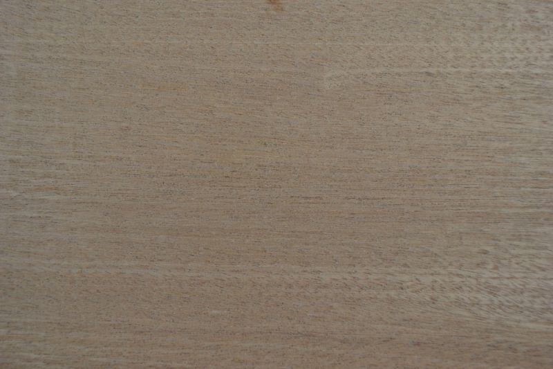 Sapelli Ağacı 23cm x 40cm x 20mm